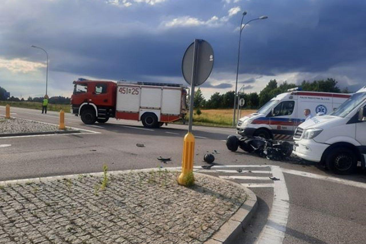 Tragiczny wypadek na obwodnicy – nie żyje kierowca motocykla