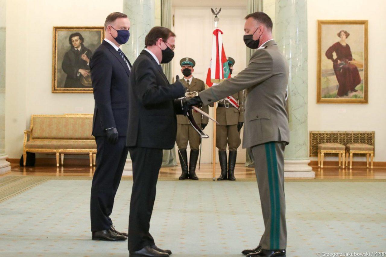 Komendant Warmińsko-Mazurskiego Oddziału SG Robert Inglot otrzymał nominację na stopień generała brygady