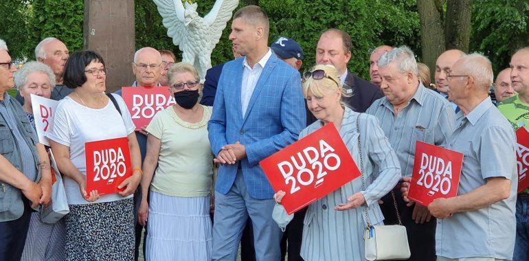 """PiS w Gołdapi? Kampania wyborcza """"Ministra"""""""