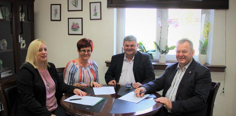 Podpisano umowę na modernizacje przejść dla pieszych.
