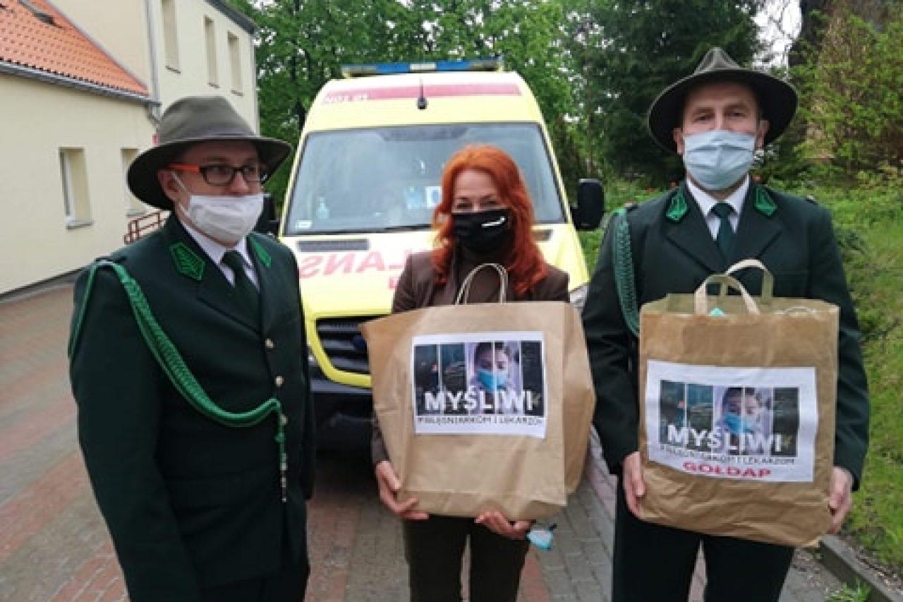 Akcja #myśliwipielęgniarkom i lekarzom w Gołdapi