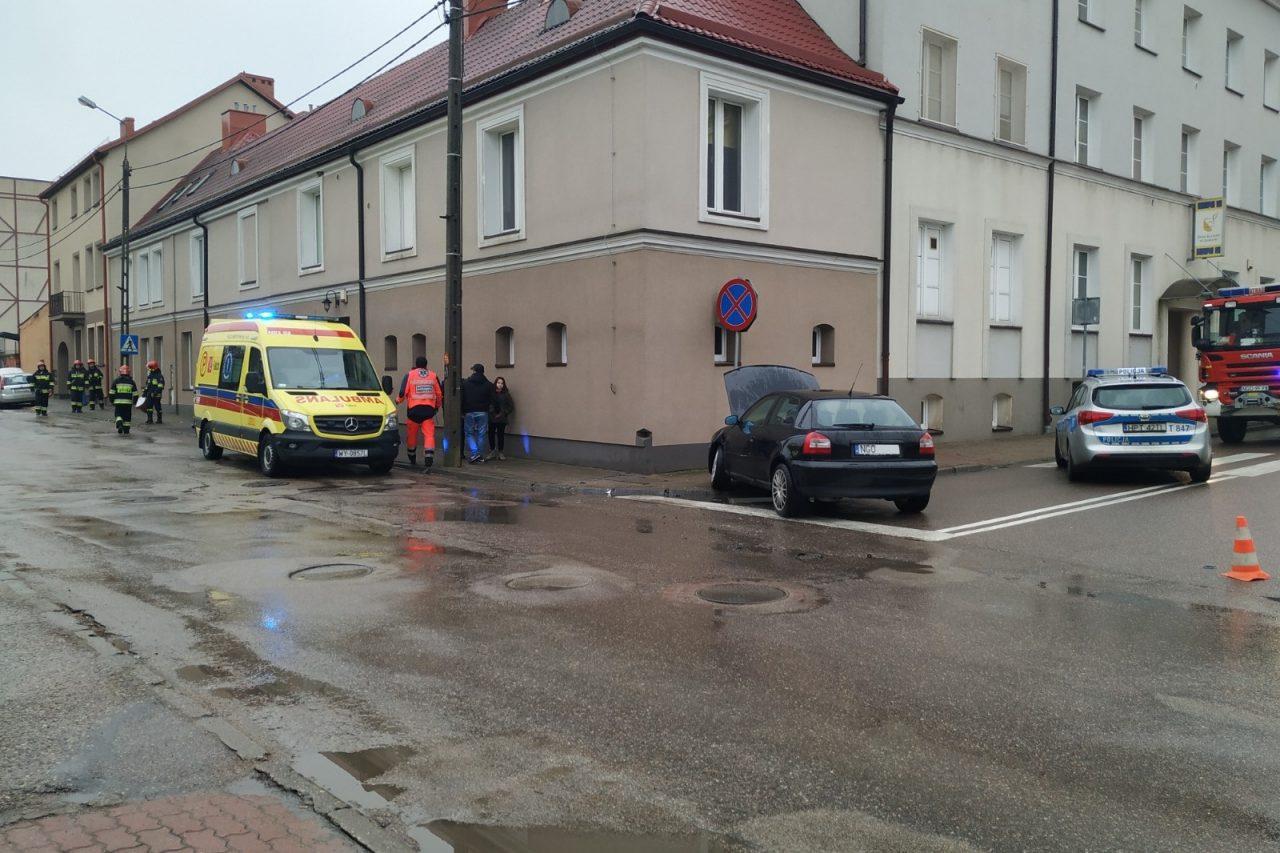 Kolizja na ulicy Żeromskiego, zablokowana ulica krótka.