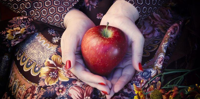 Dzisiaj Światowy Dzień Jabłka.