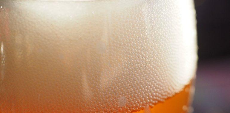 Uczestnik ruchu drogowego miał 2,7 promila alkoholu w wydychanym powietrzu.