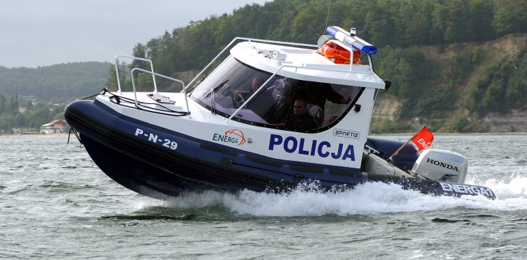 Tragiczny wypadek na Mazurach. Nie żyje policjant